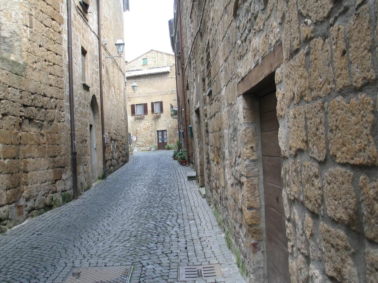 Via Volsinia set mod byen
