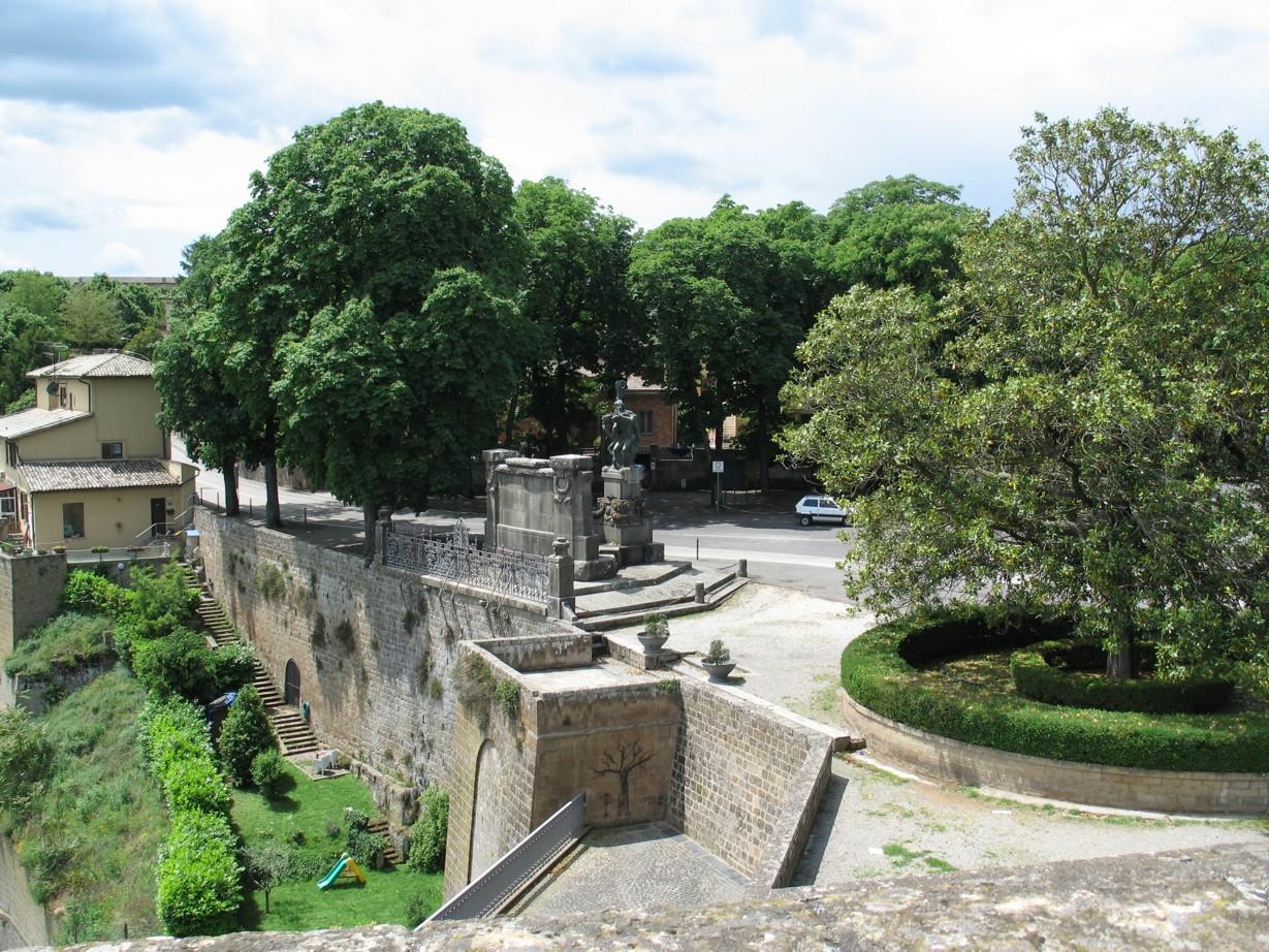 La Rocca Albornoz