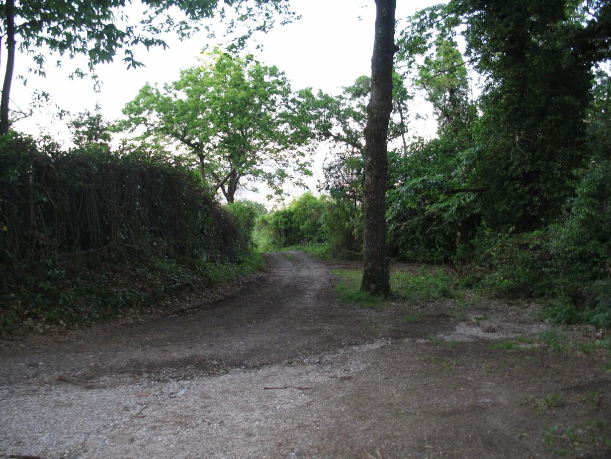 Vejen væk fra civilisationen (kun for traktorer o.l.)